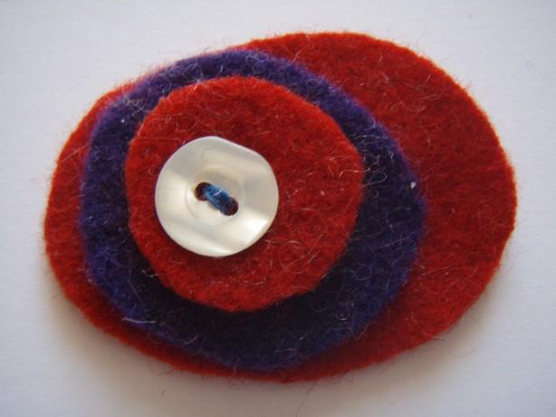 Pebble brooch kit image
