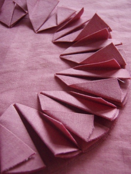 Aeroplane folds panel