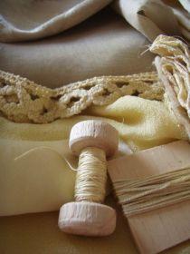 Top: silk organza, cotton lace, silk crepe, silk threads
