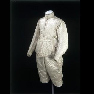 1630 silk suit