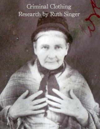 Ruth Singer : criminal clothing